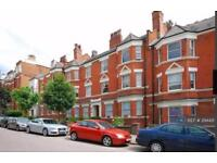 3 bedroom flat in Lyncroft Mansions, London, NW6 (3 bed)