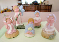 Vintage PEPIWARE Figurines - FORGET ME NOT Collection - England City of Montréal Greater Montréal Preview