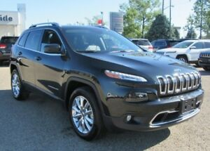 2016 Jeep Cherokee Limited  w/ Safety Tech, Luxury Group