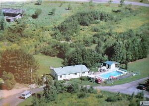 3 Sep. Lot 28.4 Acres House Quonset Pool Flea Market Hotel/Motel