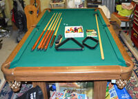 Dufferin Slate Pool Table 7' x 4' w/ Accessories