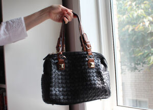 Ladies Black Leather Purse by Attiude