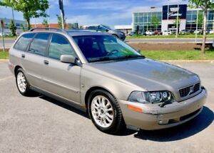 Volvo V40 2004 2.0Turbo fwd 120000kms seulement automatique