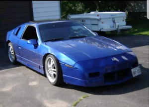 1987 Pontiac Fiero GT V8 350 and 86 Fiero
