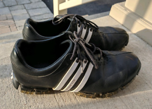 Adidas golf shoes size 8