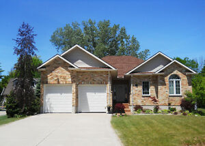 Just Steps to Lake Huron! OPEN HOUSE August 27 & 28 10am-5pm