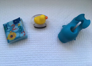 """Skip Hop """"Moby"""" Bath Spout Cover / Safety 1st """"Duck"""" Thermometer"""