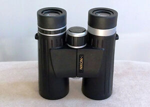 Jumelles Nikon 10X42 neuf