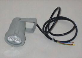 GREY ALUMINUM 3 LED HIGH POWER 3w SPOTLIGHT HOME GARDEN WORK LIGHT 240v IP65LAMP