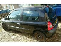 Renault clio 1.5 dci, stripping for parts