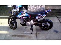 Stomp 110 cc pit bike