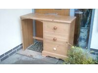 Pine chest/desk