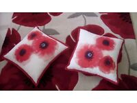 Pure Wool Poppy Design Rug Perfect Condition & matching cushions