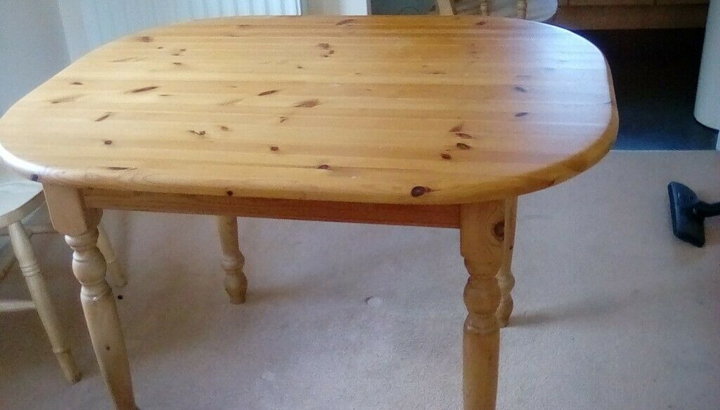 pine dining room table  in bishops cleeve