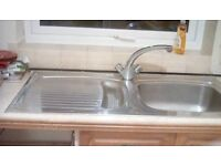 Stainless steel kitchen sink and drainer