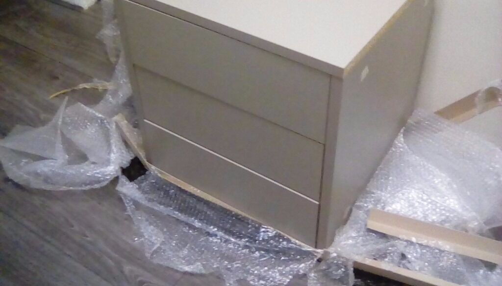 Showroom display bedroom drawer