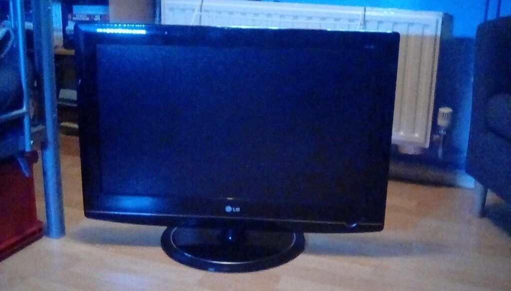 "LG 32"" led television"