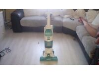 Vax floormate wet and dry hoover