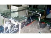 Glass dining table extendable and 4 chairs very good condition
