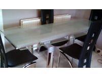 Modern extendable glass table & 4 chairs