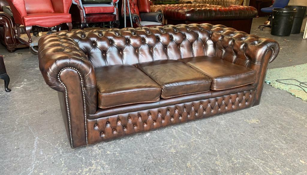 Brown leather Chesterfield 3 seater sofa UK DELIVERY | in ...