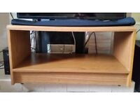 Coffe table TV stand on wheels