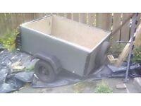 A nice tidey car trailer 4feet x 3,feet good tyres new rear lites