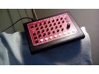 MFB 522 Drumcomputer (analogue drum machine)