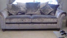 2x 3 setter sofa