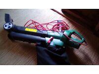Garden leaf vacuum/ blower