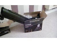 TITAN 2800W ELECTRIC LEAF BLOWER / VACUUM - NEW IN BOX