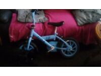 Childs bike Suitable for age 3-5