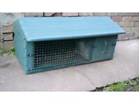 rabbit/guinea pig cage well built green sturdy plastic and metal fronts brislington area