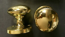 Knob set brass