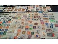 Old british stamp from 1940 to 1980 over 600 stamps and some royal mint sets