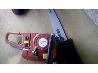 B&Q 52.1CC PETROL 20 INCH CHAINSAW - NEW IN BOX BUT WON'T START