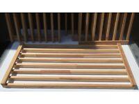 6x Wooden Slatted Shelves