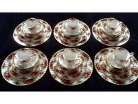 Royal Albert Set - 36 pieces