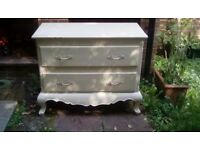Shabby chic chest of drawer