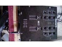 numark m 101 2 channel mixer