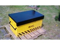 STRONG METAL STORAGE BOX WITH TWIN LOCKS . ideal pickup/vans etc . £120.00p