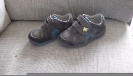 Clarks infant shoes size 8h
