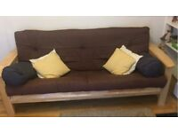 3-seaters futon in a very good condition (second-hand, less than 2 years old)