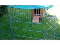 Rabbit/guinea pig/ chicken hutch and run/play pen