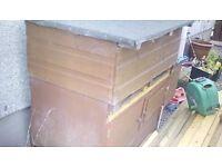 Rabbit hutch\ chicken coop
