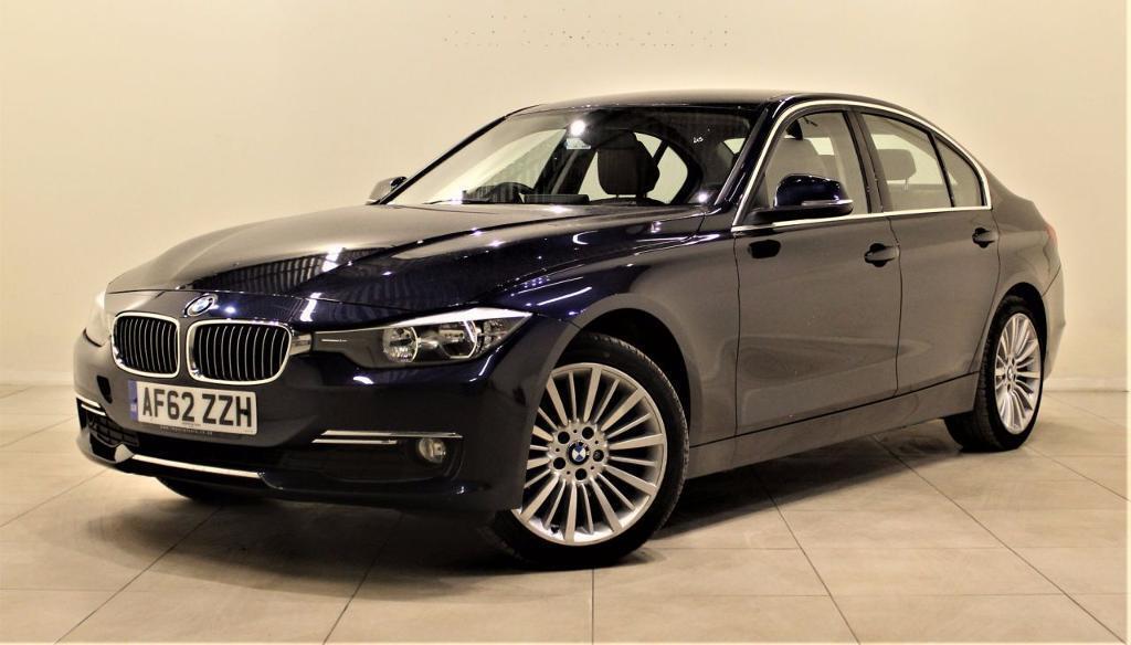 BMW 3 SERIES 2.0 320D LUXURY 4d AUTO 184 BHP + AIR CON + AUX CO (blue) 2012