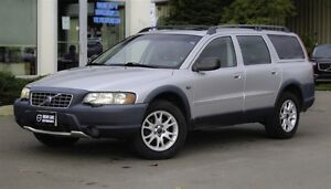 2004 Volvo XC70 AWD! HEATED LEATHER! SUNROOF!