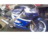 Gsxr 1000cc year 2003 clean bike has mot ready to drive away