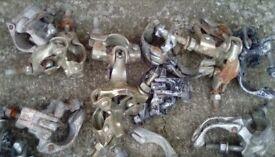 Scaffolding connectors
