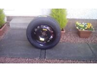 Tyre and hub, complete unit suitable for a Peugeot 308